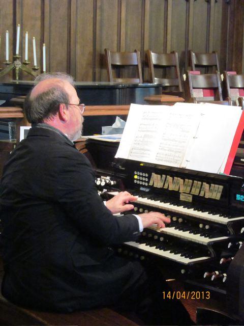 Ian Sadler at the organ 14-04-2013 3-12-14 PM